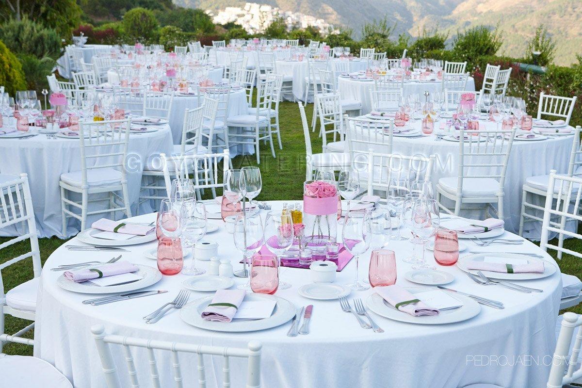 Celebracin en rosa de una boda en Marbella Goyo Catering Marbella